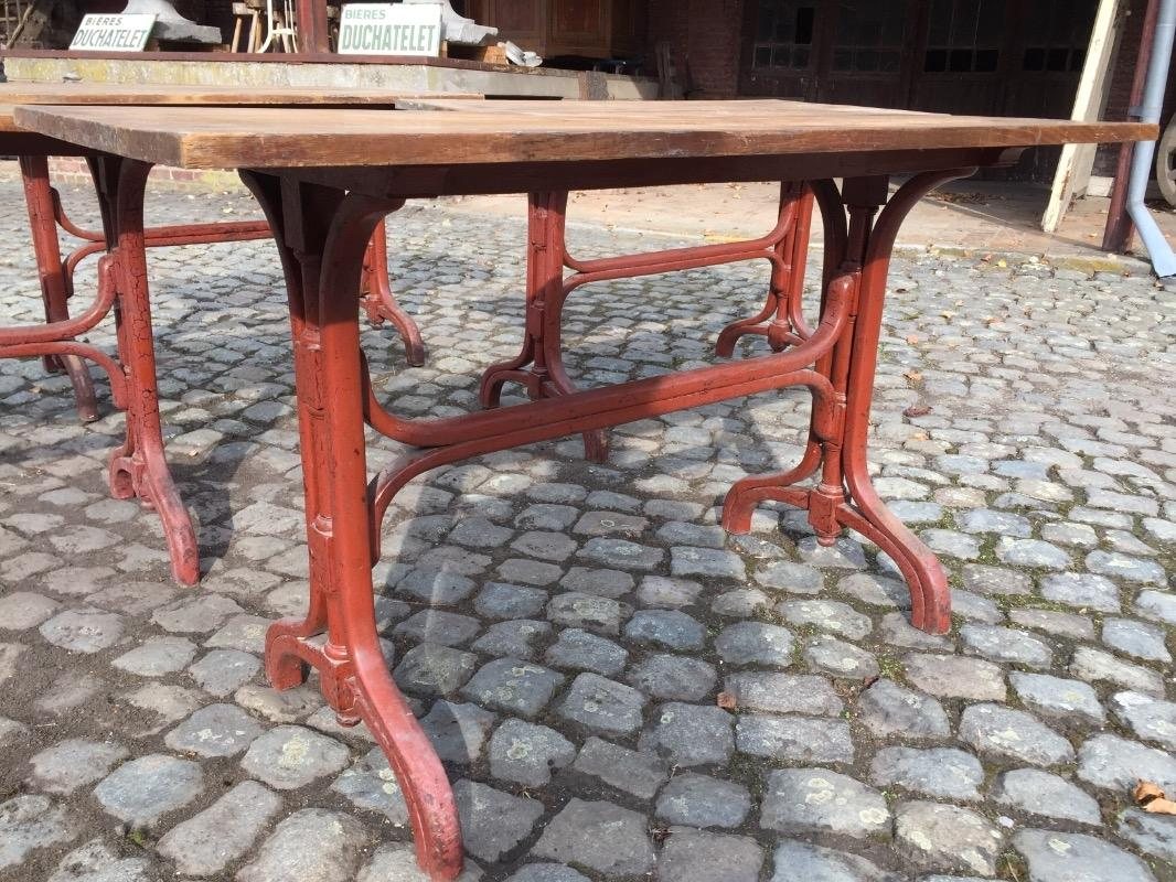 4 bistrot tables shop industrial furniture european antique warehouse. Black Bedroom Furniture Sets. Home Design Ideas