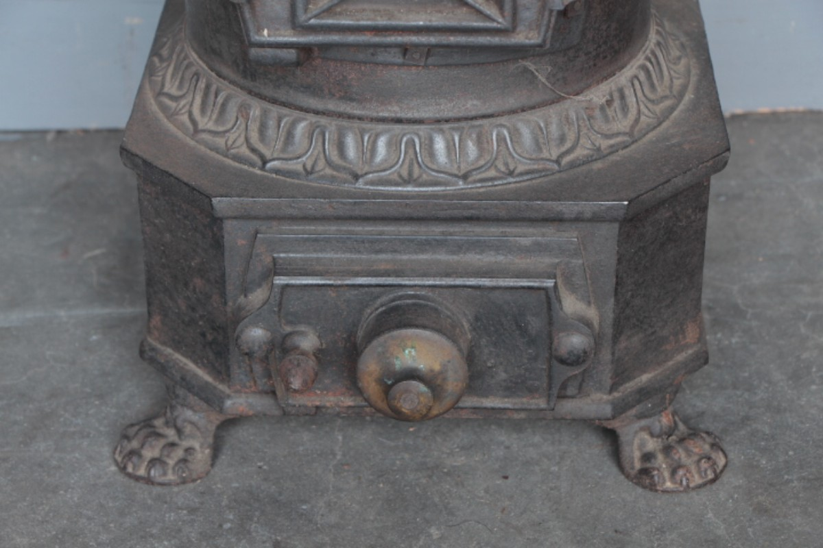 antique cast iron stove anciens poeles el ments d. Black Bedroom Furniture Sets. Home Design Ideas