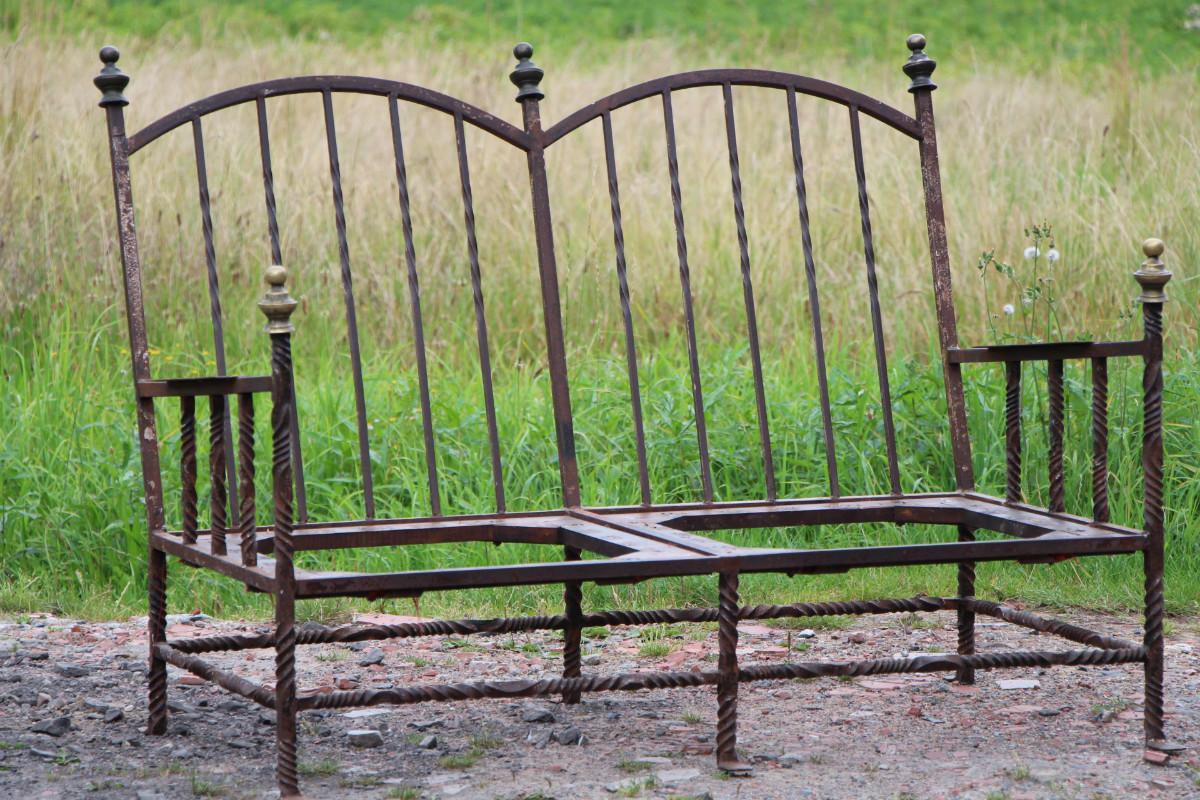 canap en fer forg 19 me si cle espagne fauteuils. Black Bedroom Furniture Sets. Home Design Ideas