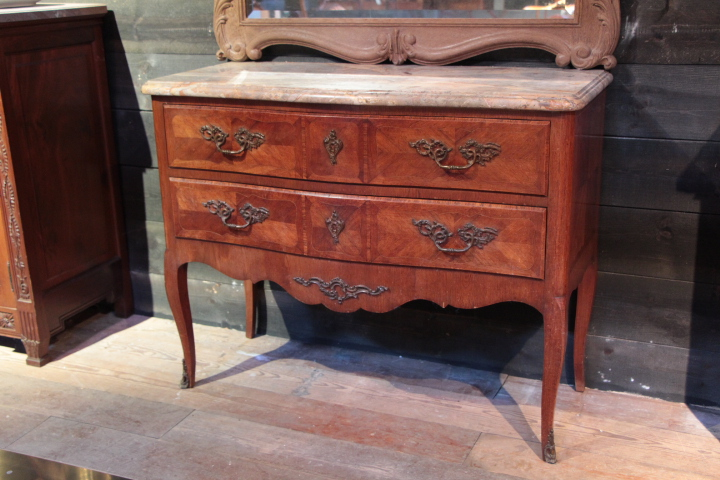 lxv 19 th century inlaid lxv chest of drawers with. Black Bedroom Furniture Sets. Home Design Ideas