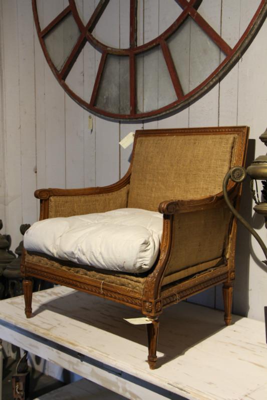 louis xvi pair marquises fauteuils european antique warehouse. Black Bedroom Furniture Sets. Home Design Ideas