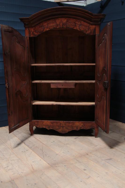 Louis xv ancienne armoire en noyer mobilier european antique warehouse - Armoire ancienne louis xv ...