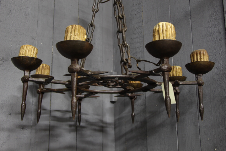 heavy wrought iron chandelier lustres luminaires. Black Bedroom Furniture Sets. Home Design Ideas