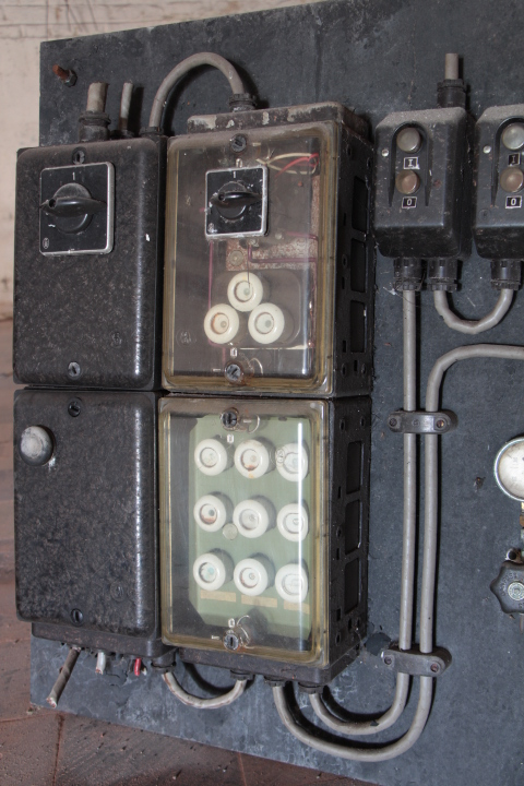 Old electric board - SHOP & INDUSTRIAL FURNITURE - European Antique ...