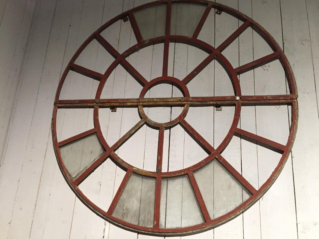 Two Cast Iron Windows Eléments Darchitecture European Antique